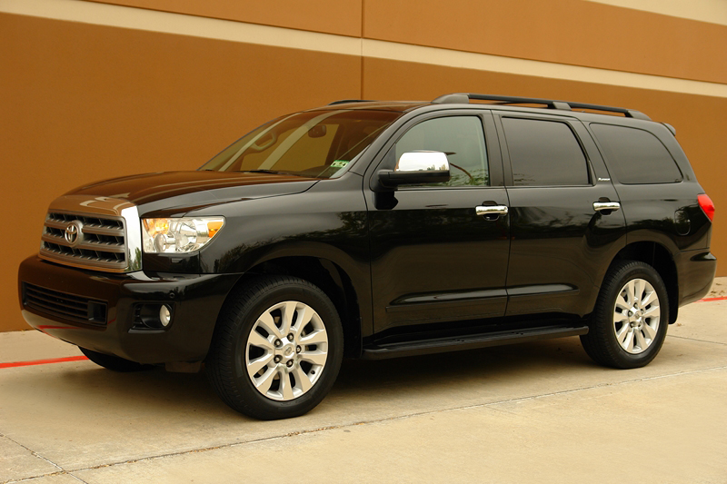 find used 2010 toyota sequoia platinum edition 4wd navigation tv dvd camera roof ac seats in. Black Bedroom Furniture Sets. Home Design Ideas