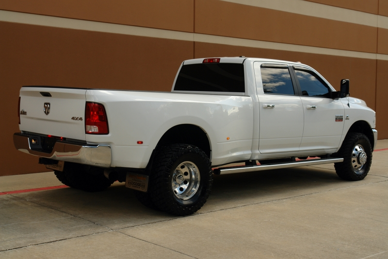 sell used 2011 dodge ram 3500 slt big horn crew cab diesel drw 2 leveling kit 4 exhaust in. Black Bedroom Furniture Sets. Home Design Ideas